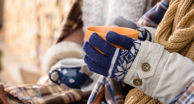 4 Ways to Protect Your Hands From Winter Weather