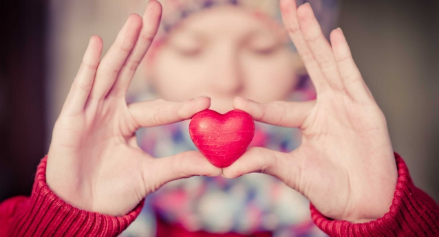 5 Ways to Show Your Hands Some Love This Valentine's Day
