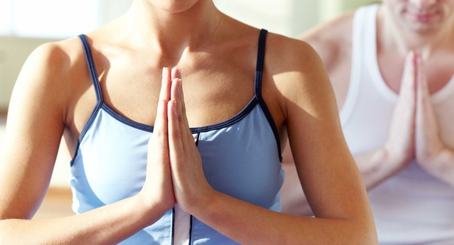 How to Prevent Hand and Wrist Pain during Yoga